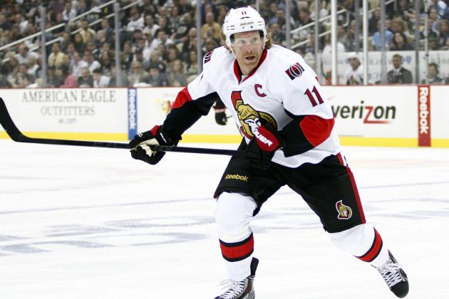 Bruins Reach Out to Sens' Alfredsson