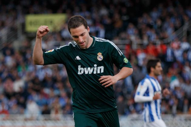 Arsenal: Gonzalo Higuain Could Finally Replace Robin Van Persie