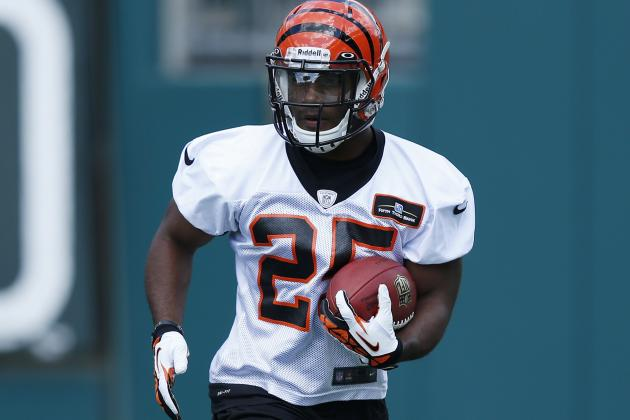 Bengals' Coaches Keep Talking Up Giovani Bernard