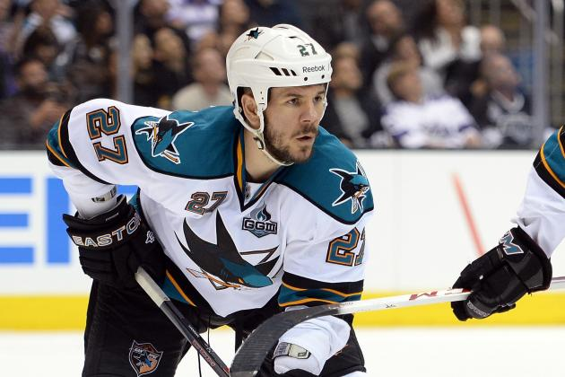 Sharks Re-Sign Scott Hannan and Tyler Kennedy to Deals