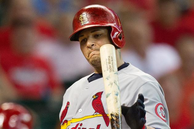 Cards' Molina (Knee) Targets Tuesday Return
