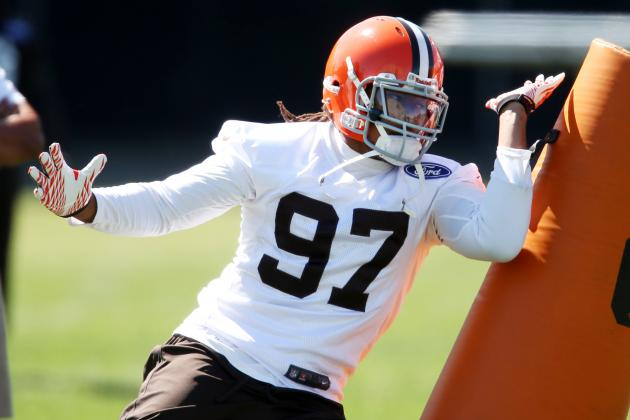 Browns 'Extremely Pleased' with Sheard's Transition to OLB