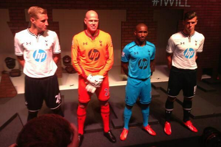 Breaking Down Tottenham's New Home and Away Kits for 2013-14 Season