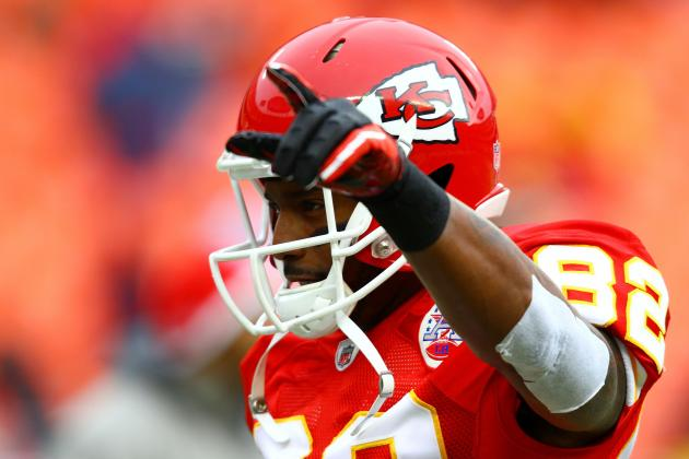 Did the Kansas City Chiefs Overpay Dwayne Bowe in Light of Victor Cruz Deal?