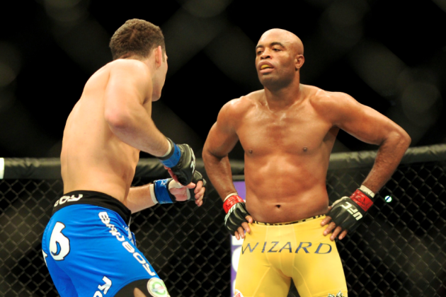 Anderson Silva Opens as Favorite Over Chris Weidman in Rematch