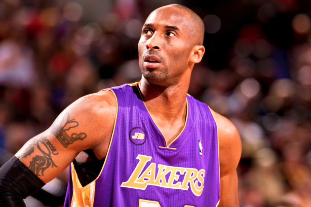 Kobe Bryant Sounds Off on Lakers' Meeting with Dwight, Unfollowing on Twitter