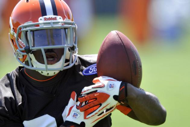 Browns' Dion Lewis Removes Tweet About Man Who 'snitched'