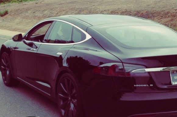 Tony Hawk Gets a Black Tesla Model S