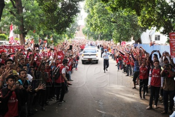 Pictures: Arsenal Arrive in Indonesia