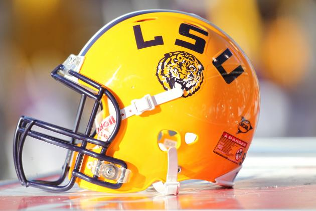 LSU Takes a Break from Workouts, Spends Afternoon Riding Water Slides