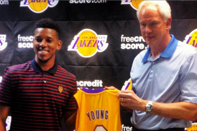 Image: Lakers Introduce 'Swaggy P'