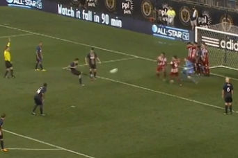 Farfan Gives Philly the Lead on an Indirect Kick