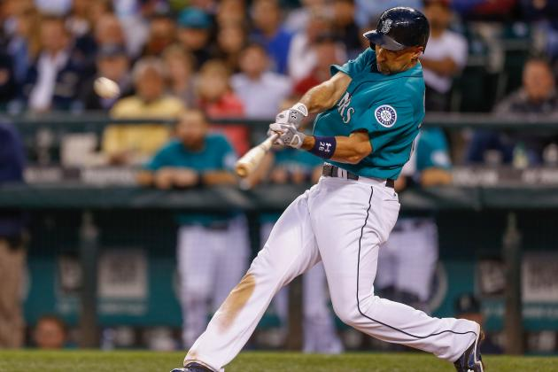 Ibanez, Saunders Lead Mariners Past Angels
