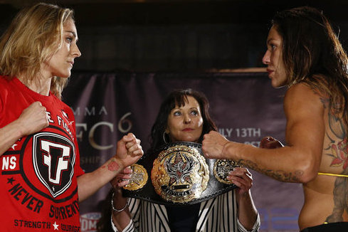 Invicta 6 Full Results: Cyborg Proves Too Much for Coenen in 4-Round Beating