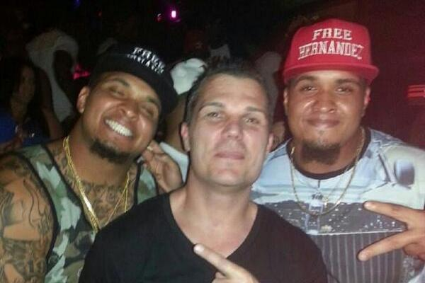 Pouncey Twins Apparently Show Their Support for Hernandez