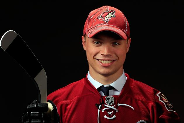 Coyotes Sign 2013 1st-Round Pick Max Domi to 3-Year Entry-Level Deal