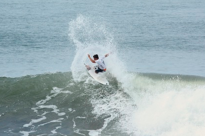 Peterson Crisanto Tops Josh Kerr to Win Reef Pro El Salvador