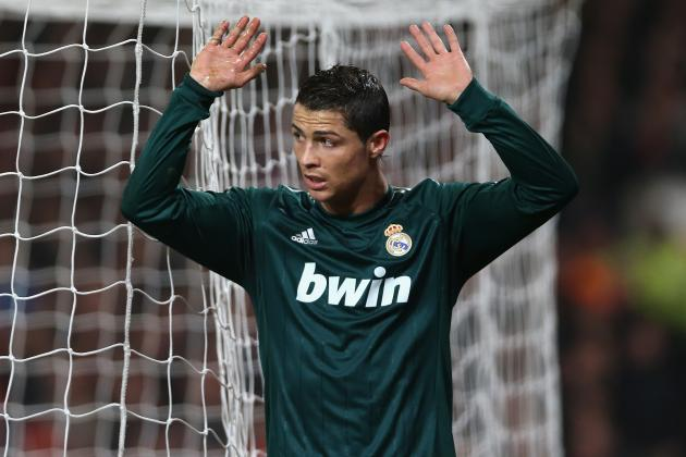 Cristiano Ronaldo Would Be Crazy to Move to Manchester United This Summer