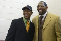 Ray Lewis Urges Fathers Not to Be Like His Father
