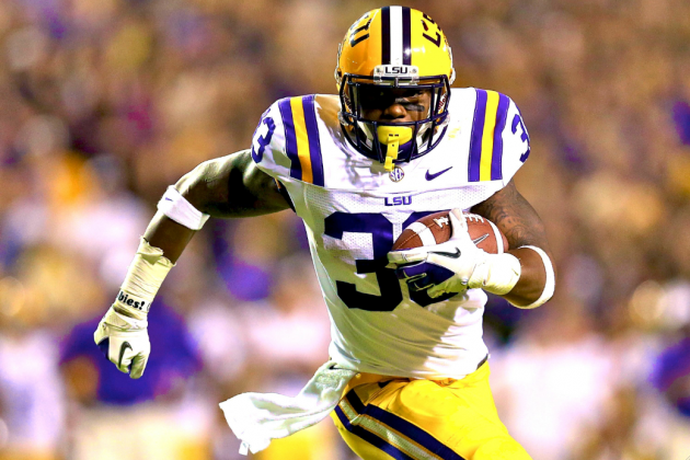 Do Jeremy Hill's Violent Troubles Demand a Dismissal from LSU by Les Miles?