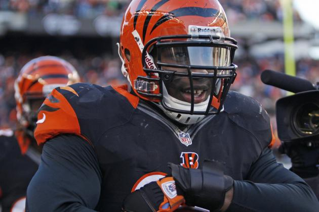 Bengals Agree to Six-Year Extension with DE Carlos Dunlap