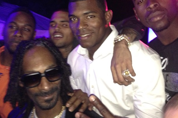 Yasiel Puig Spends All-Star Break Chilling with Snoop Lion at Playboy Mansion
