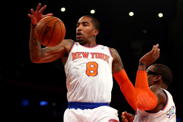 J.R. Smith's Knee Surgery and Ensuing Twitter War with New York Journalist