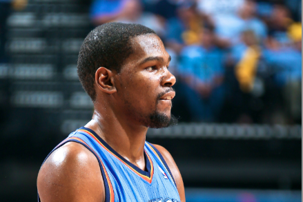 Kevin Durant Has a Bad Habit of Farting While Getting a Massage