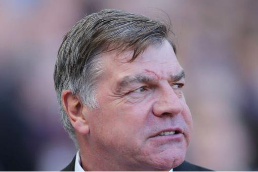 West Ham to Decide over Duvan Zapata Work-Permit Appeal