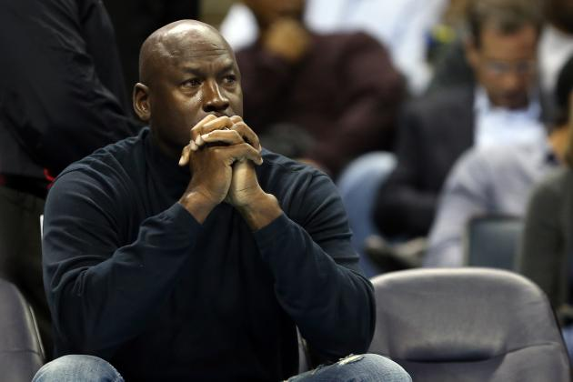 Michael Jordan Promotes Brother Larry to Charlotte Bobcats Player Personnel Role