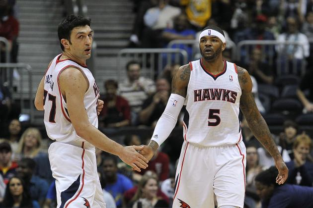 Hawks Thank Smith, Pachulia