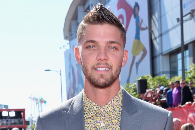 After Aaron Hernandez Scandal, Chandler Parsons Makes Gators Proud