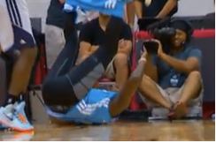 Jordan Hamilton Loses His Shorts During Summer League Game