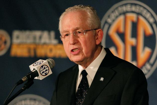 SEC Commissioner Mike Slive Leads Charge for Player Safety in College Football