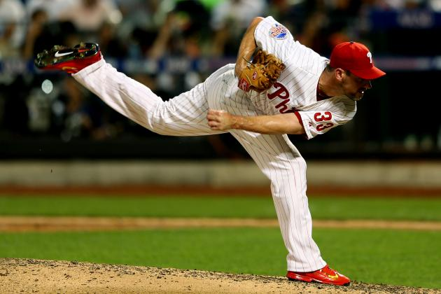 Philadelphia Phillies: Pros and Cons of Dealing Cliff Lee Before Trade Deadline