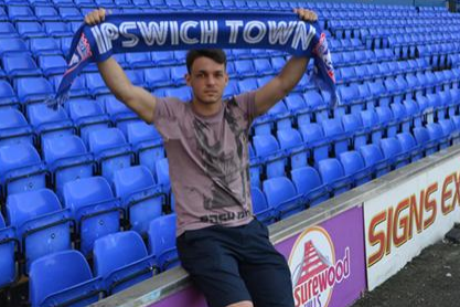 Veseli Joins Town