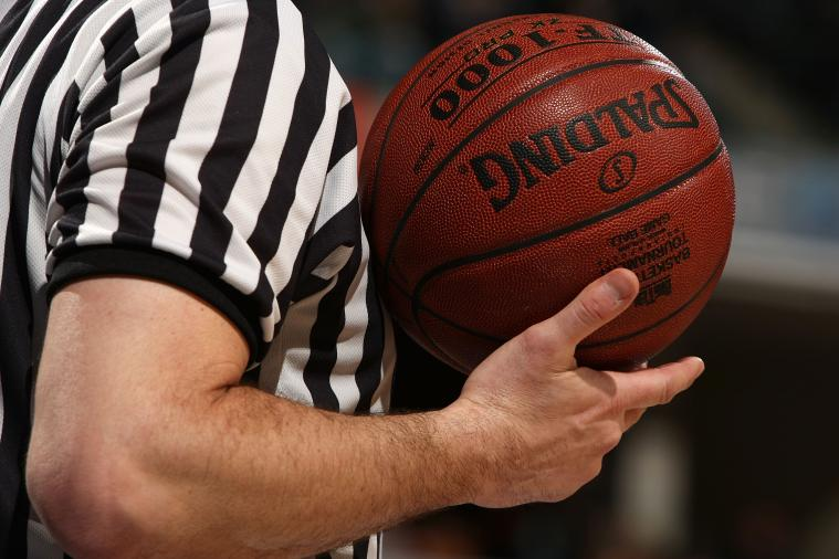 Athletic Trainer's Quick Response Helps Save Player...