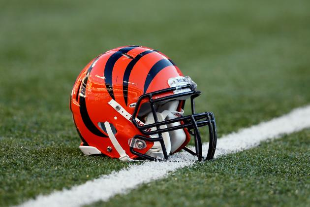 Bengals Receive Emmy Award from HBO for 'Hard Knocks'