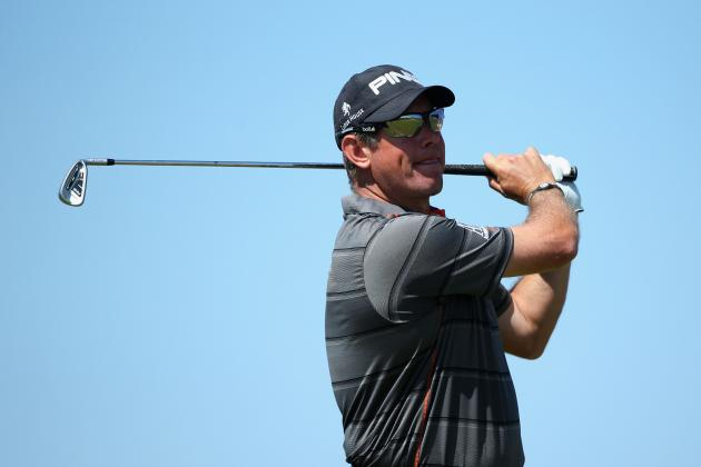Golf-Westwood's Swagger Bodes Well for Weekend Challenge
