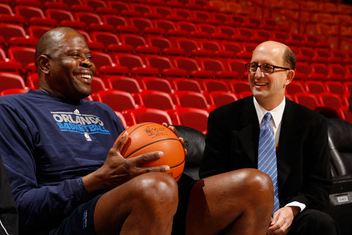 Van Gundy Makes Case for Ewing as Coach