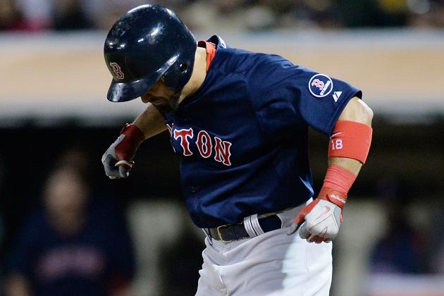 Victorino Leaves vs. Yankees with Apparent Injury