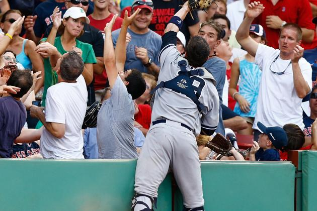 Chris Stewart Makes Catch in Stands, Still Turns Double Play