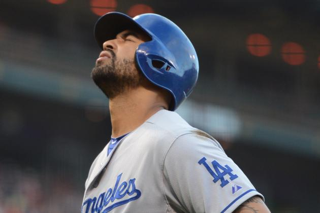 Matt Kemp Injures Ankle in Win, Dodgers Say No DL for Now
