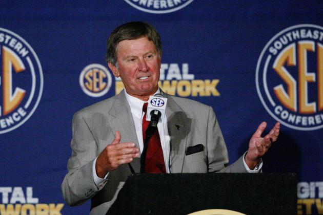 Notre Dame Football: Steve Spurrier Wrong in Criticism of Irish Independence