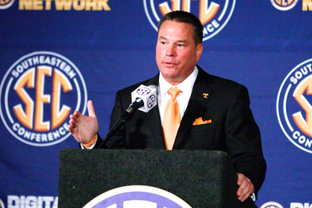 Tennessee Climbs to No. 1 in 2014 Recruiting Class Rankings