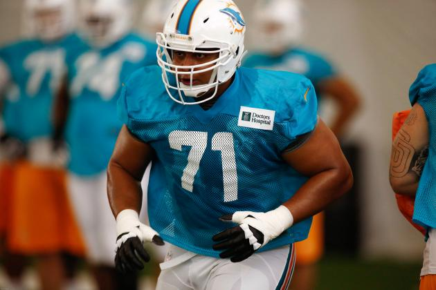 With Jake Long Gone, Jonathan Martin Accepts Challenge at Left Tackle