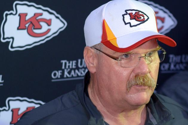 Chiefs Trickle into Reid's First Training Camp