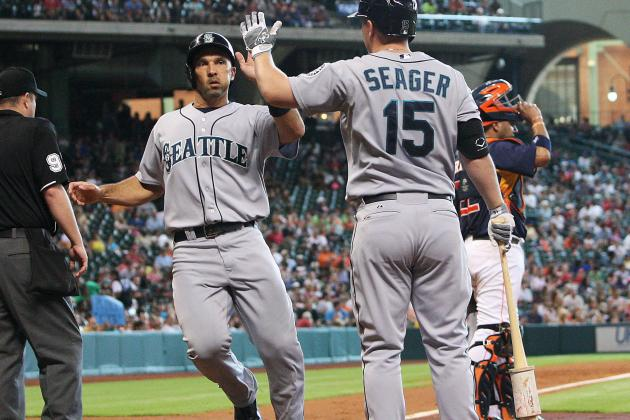 Mariners Undo Some Damage with 2-1 Win over Indians