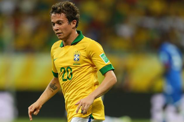 Arsenal Transfer News: Breaking Down Where Gunners Stand in Bernard Chase