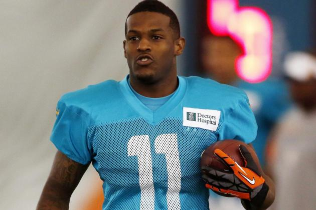 Why Has Mike Wallace Gotten off to a Slow Start?